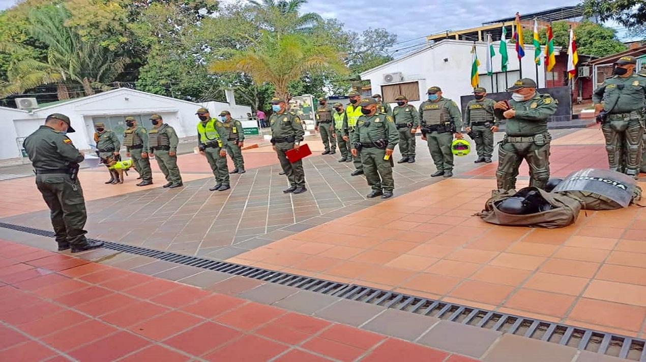 REVISIÓN Y VERIFICACIÓN DE LOS EQUIPOS DE PROTECCIÓN DEL ESMAD-POLICÍA NACIONAL